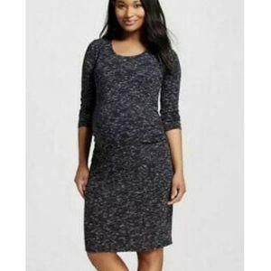 Liz Lange • 3/4 Sleeve Maternity Dress